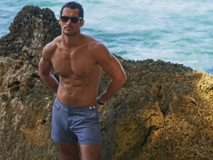 david-gandy-shirtless-01-580x435